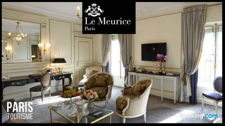 Intérieur d'une suite, hôtel Meurice à paris